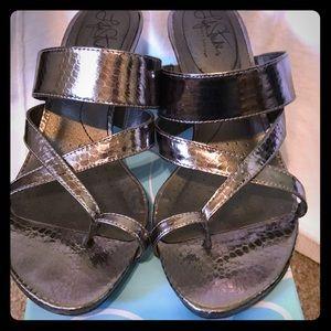 Life stride dressy sandals